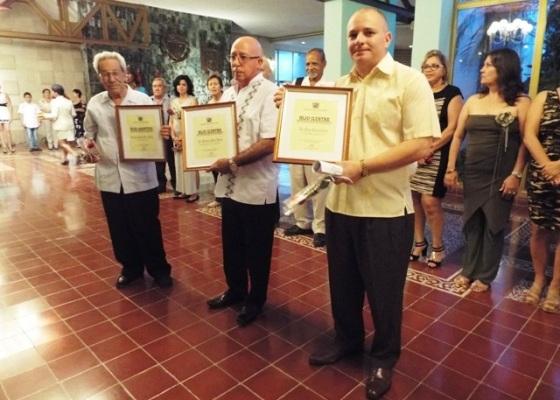Noche de homenaje en el aniversario 60 de Radio Cadena Agramonte