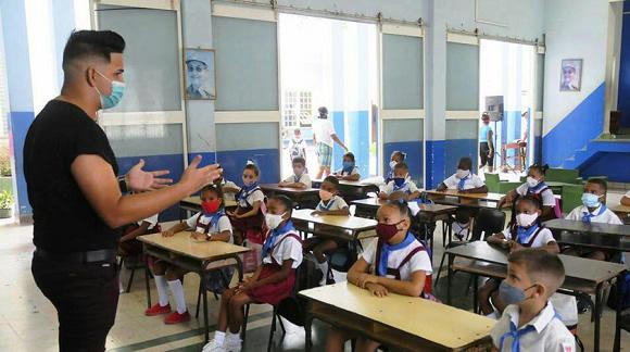 El reinicio del curso escolar en Cuba será cuando las condiciones sanitarias lo permitan