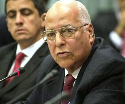 Nombran a Ricardo Cabrisas ministro de Economía de Cuba