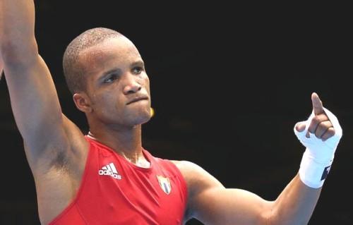 Avanza Roniel Iglesias en torneo panamericano clasificatorio de Boxeo