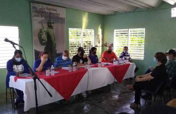 Pobladores de La Belén, en Najasa, intercambian con máximas autoridades de Camagüey (+ Fotos)