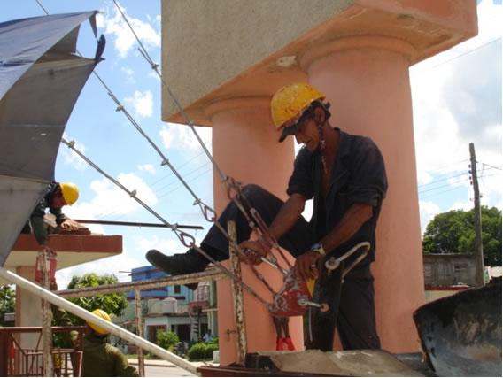 Pepe and Gilberto, working on heights