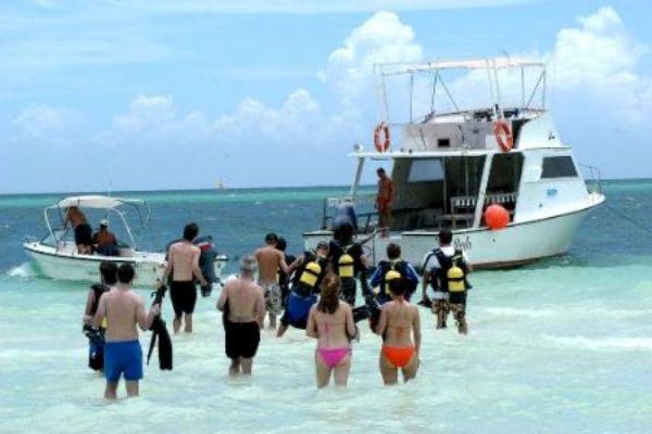 El turismo representa siete por ciento del PIB en Cuba