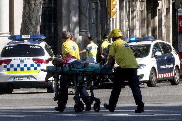 Reciben alta médica dos cubanos heridos en ataques terroristas en España