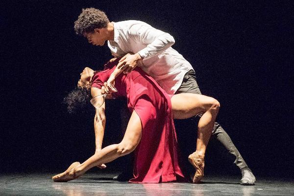 Nominan a compañía Acosta Danza al premio británico Robert Robson
