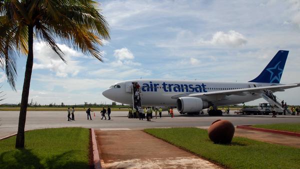 Denounce in Camagüey impact of the blockade to the Cuban Civil Aviation ( Photos)