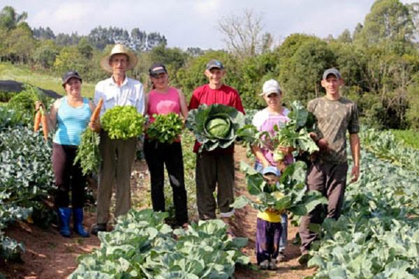 Propone la FAO incluir en planes nacionales a la agricultura familiar