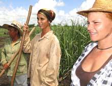 Tres mujeres imponen su feminidad en los surcos camagüeyanos