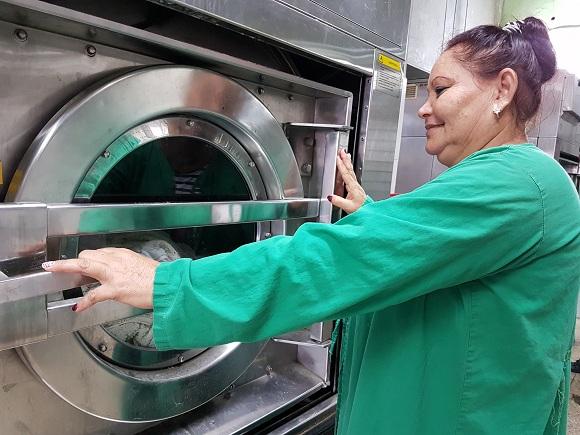 Mantiene mayor hospital camagüeyano programa de ahorro energético