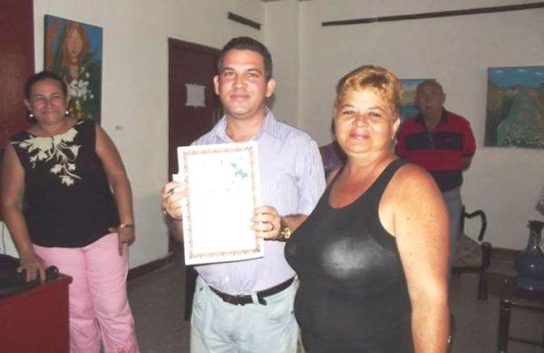 Alex López, reportero que sistemáticamente tributa a Meridiano.