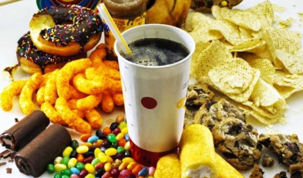 El exceso de azúcar afecta la eficiencia metabólica, revela estudio