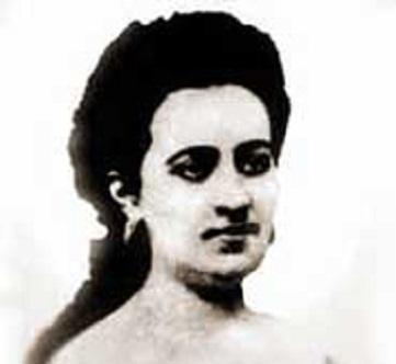 Amalia, más allá de los apellidos y las distinciones