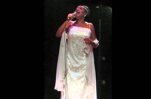 Anaís Abreu le cantará a su natal Camagüey