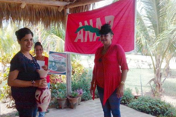 Campesinos camagüeyanos reconocen a periodistas de la provincia