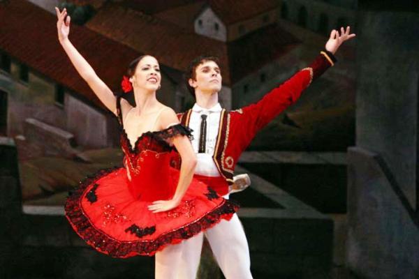 Don Quijote en la escena del Festival Internacional de Ballet