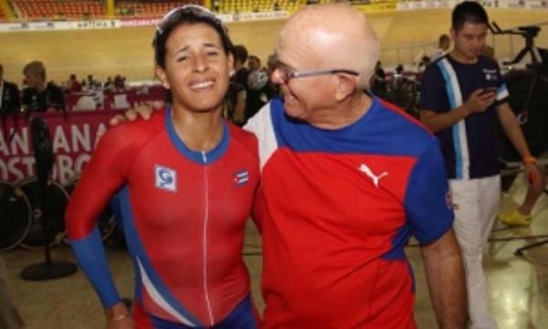Ciclista cubana todavía incrédula ante su título en Scratch de Copa Mundial