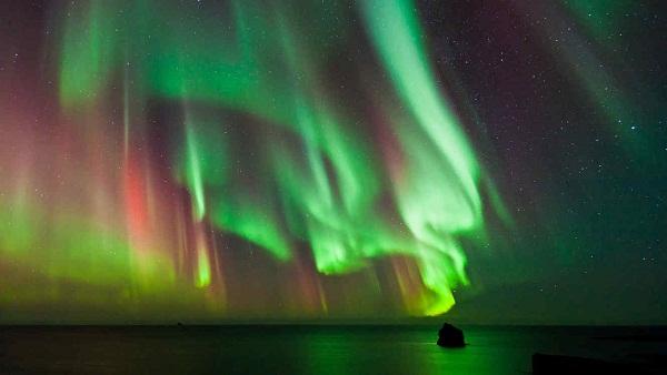 El origen de las auroras pulsantes