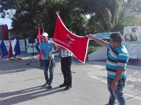 Confieren condición de Vanguardia Nacional a Empresa de Logística Azumat, de Camagüey