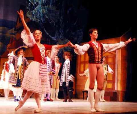 A escena Tierra y Luna y La flauta mágica, por el Ballet Nacional de Cuba