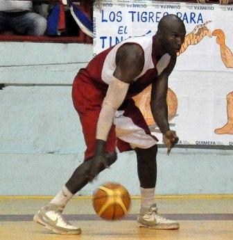 Camagüeyanos Jaca y Castillo entre los líderes de la Liga cubana de Baloncesto