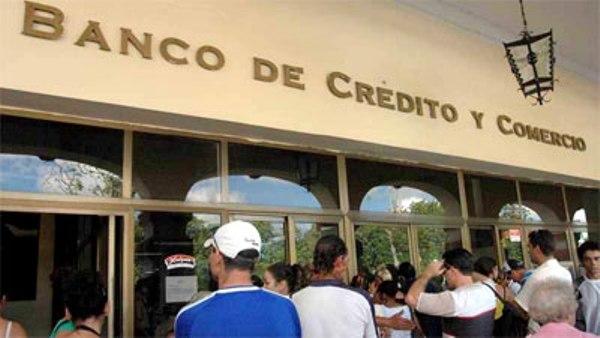 Damnificados por Matthew acceden a créditos de Banca cubana