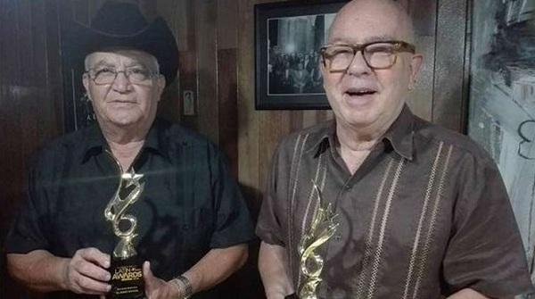 Miguel Barnet y Eliades Ochoa reciben premio en Canadá