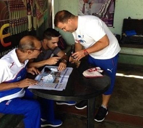 Atletas cubanos y su entrenador terminan cuarentena