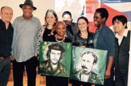 Reconocen a fundadora de asociación belga de solidaridad con Cuba