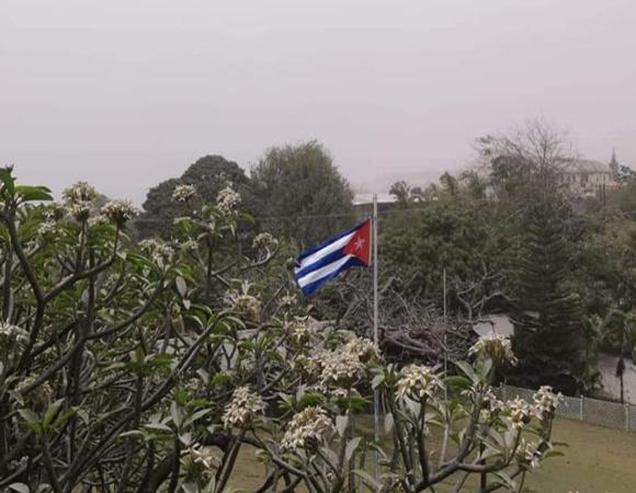 Saluda Díaz-Canel apoyo de cubanos en San Vicente y las Granadinas