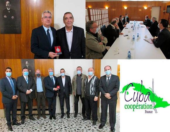 Recibe asociación francesa Sello Conmemorativo 60 Aniversario del ICAP