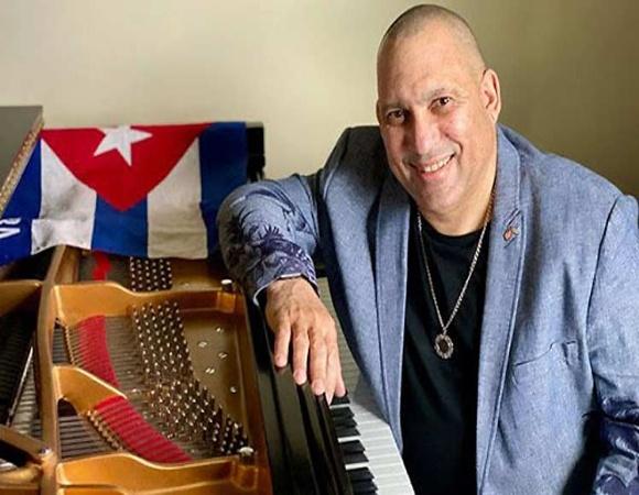 Artista Nachito Herrera establece puente musical entre Cuba y EE.UU.