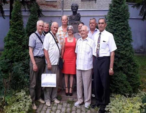 Denuncian veteranos ucranianos campaña mediática contra Cuba