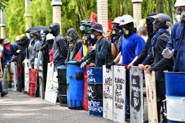 Primeras líneas en Colombia protagonizan el paro social