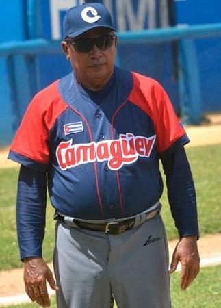 Mánager de los Toros de Camagüey dirigirá equipo cubano al Torneo Premier 12