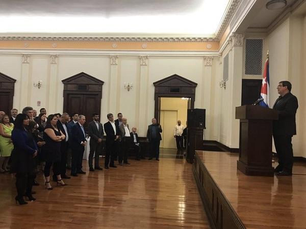 Intercambia Bruno Rodríguez con emigrados cubanos en EE.UU.
