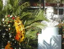 Develan busto de Agramonte en Universidad de Camagüey