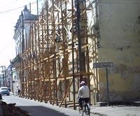 A buen ritmo obras en céntrica calle de la ciudad de Camagüey