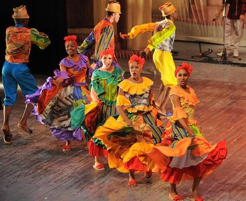 Compañía Folclórica Camagua de gira por Europa