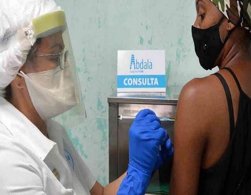Marchan a buen ritmo ensayos clínicos con cadidatos vacunales cubanos antiCOVID-19