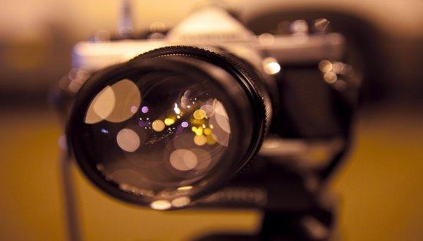 Sale a la luz la cámara de video más rápida del mundo