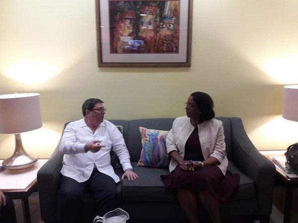 Canciller cubano realiza visita de trabajo a Barbados