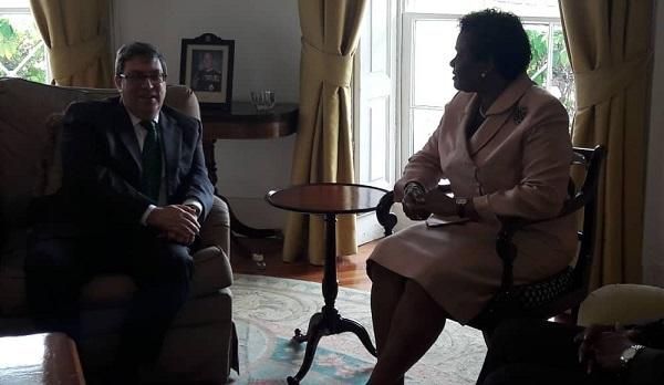 Dialoga Ministro de Exteriores de Cuba con Gobernadora General de Barbados