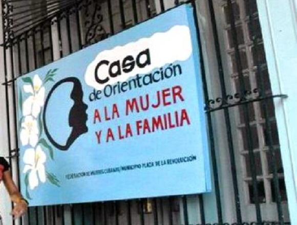 Federación de Mujeres Cubanas en Camagüey en jornada contra la violencia de género