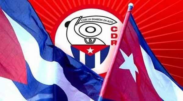 Abanderan en Camagüey a destacamento juvenil de mayor organización de masas