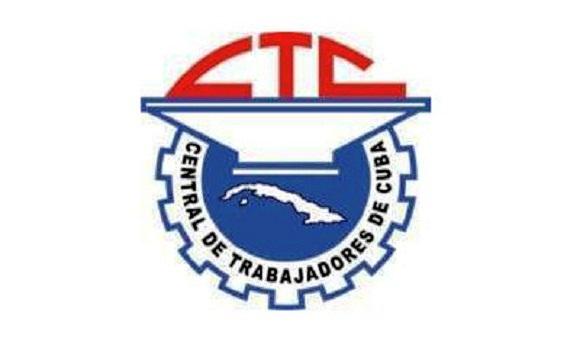 Líderes sindicales cubanos felicitan a trabajadores por nuevo aniversario de la Revolución
