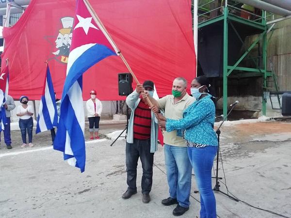 En el central Siboney, de Camagüey, se muele caña y se hace Revolución (+ Fotos)