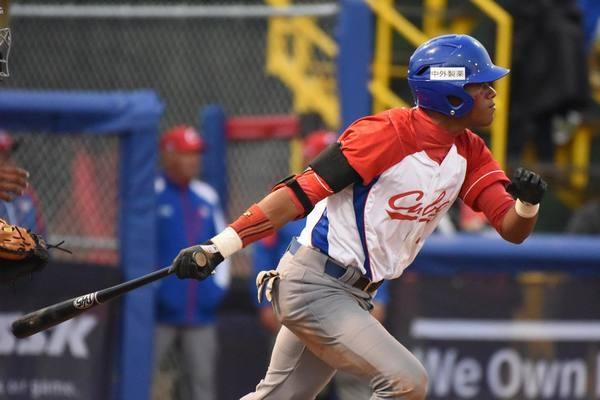 Cubano César Prieto, líder de bateo en Mundial Juvenil de Béisbol