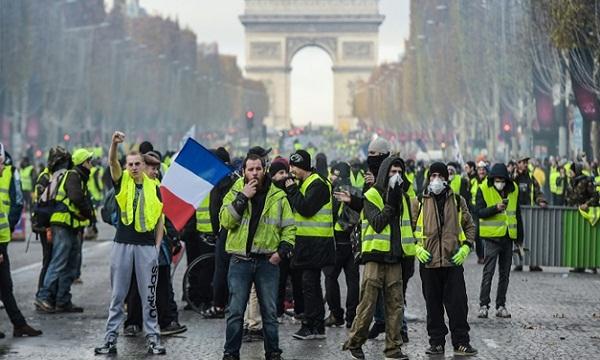 Francia: 39 sábados consecutivos con chalecos amarillos en las calles