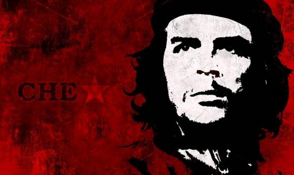 Marchan en el poblado salvadoreño de Chalchuapa en homenaje al Che