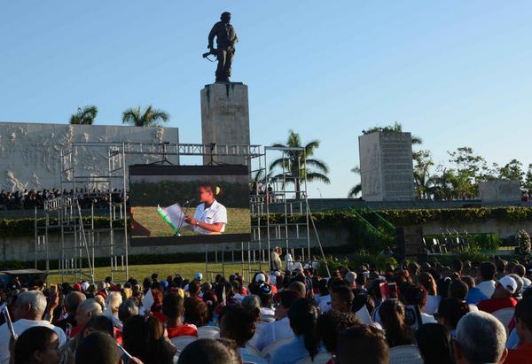 Honran al Che Guevara desde el centro de Cuba